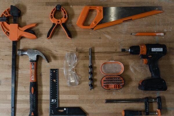 DIY wooden tool carrier